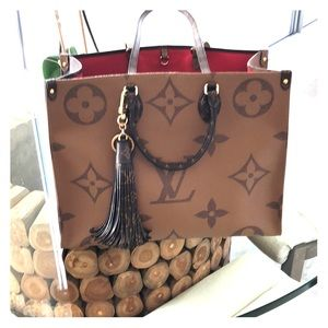 On the go authentic LOUIS VUITTON